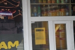 Soodapuhastus jätab terveks nii plasti, klaasi kui ka reklaamplakatid, foto SodaBlastBaltic